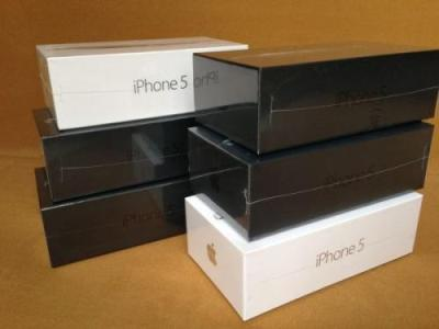 Apple iPhone 5 64GB (BLACK AND WHITE)/ Samsung S4