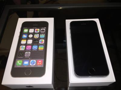Apple IPhone 5s New Space Gray Unlocked